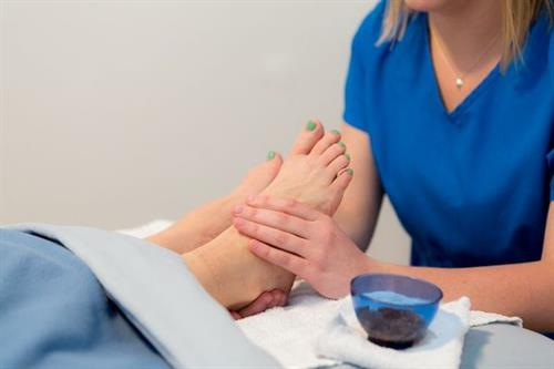 Our 30 minute Reflexology treatment includes warm wet towels, a sugar scrub and lavender cream.