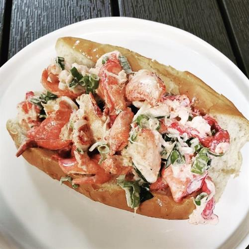 Restaurant Lobster Roll