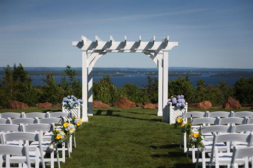 Outdoor Ceremony spot at The Summit