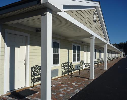 Yankee Clipper Motel - Exterior