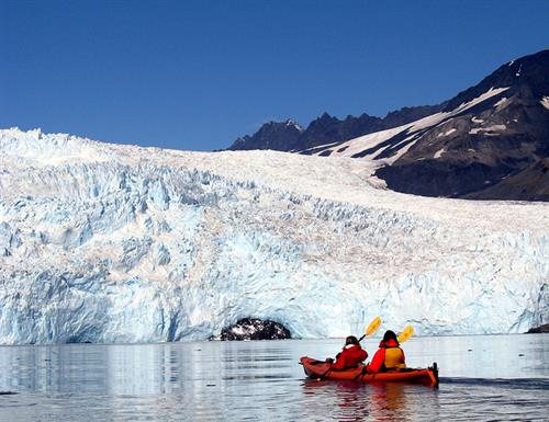 Gallery Image kayaking.jpg