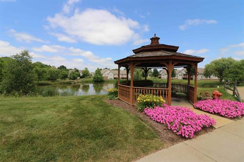 Gallery Image Gazebo_and_Pond.jpg