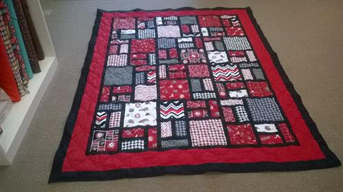 Custom quilt with college theme