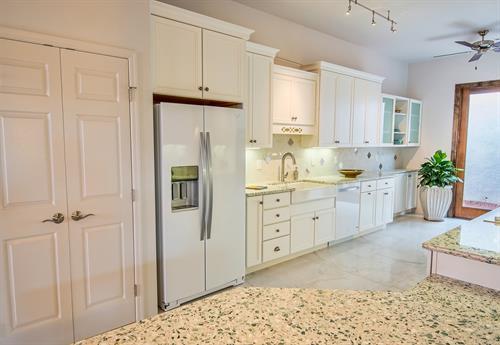 Vision House Tucson - Kitchen