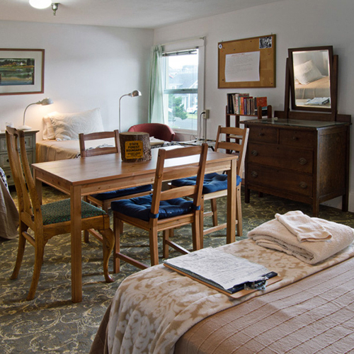 The Ken Kesey is perfect for family or couples groups, with ocean views to the south and four single beds.