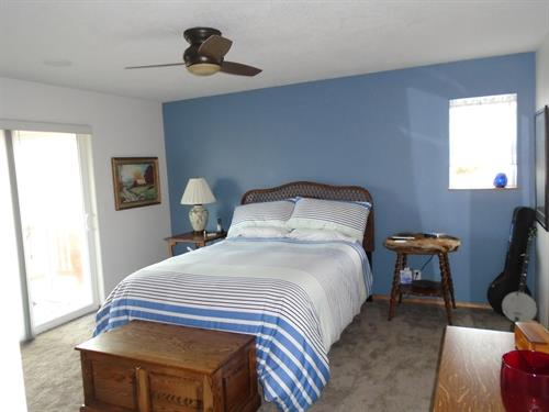 Interior bedroom repaint