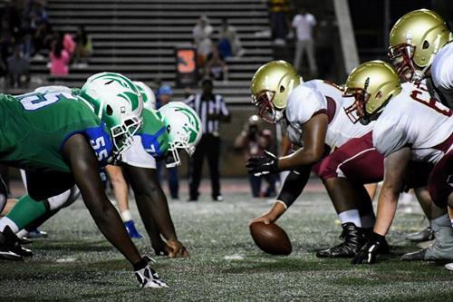 2019 Varsity Football vs. Oakton photo: Rei Linam