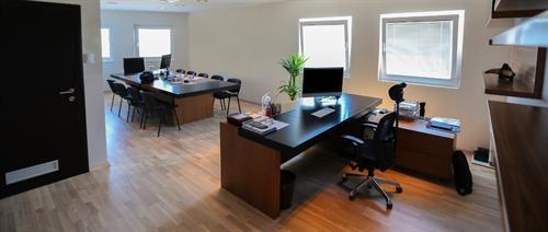 Gallery Image best-office-cleaner-sterling-va.jpg