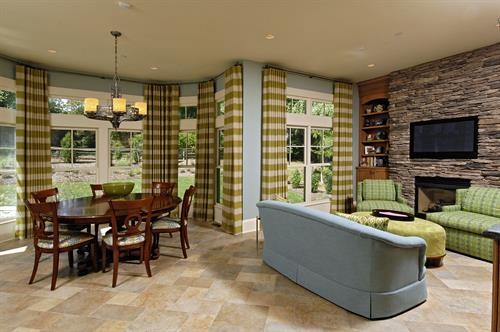 Gallery Image Meridian_Homes_-_Breakfast_Room_Custom_Home_1.jpg