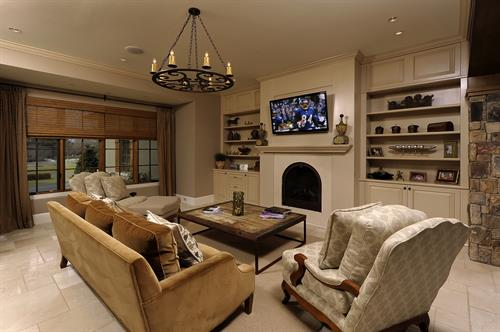 Gallery Image Meridian_Homes_-_Family_Room_Custom_Home_2.jpg