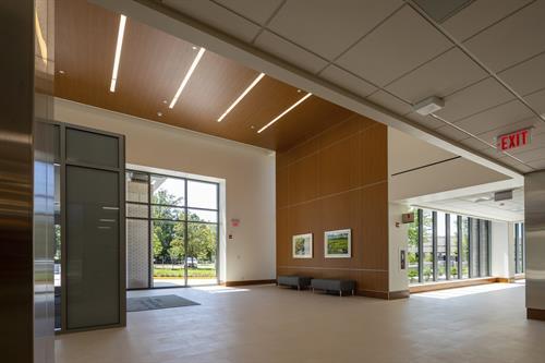 Reston Hospital Center - Main Entrance Lobby