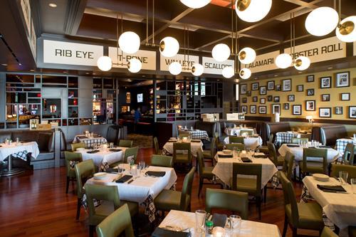 Hugo's Frog Bar & Chop House Dining Room