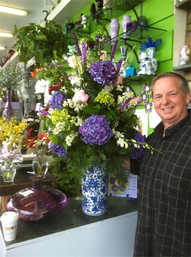 Flower arrangement by Patrick Kelly of Stein Your Florist Co.
