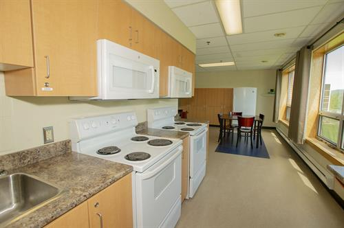 Arts & Science Residence - common kitchen area