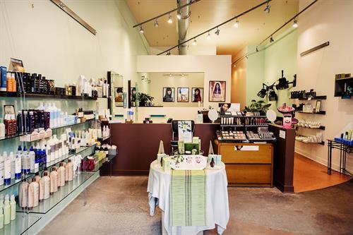 Gallery Image retail_area.jpg