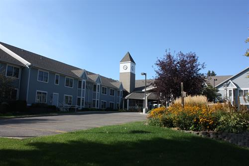 Pioneer Pointe: Carefree Apartment Living for Seniors
