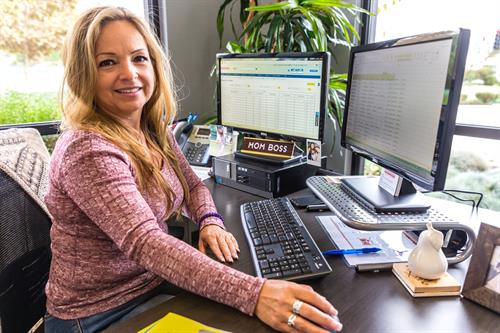 Christina Waltz, Office/Compliance Manager