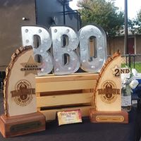 Gallery Image awards_w_bbq_sign.jpg