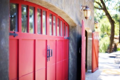 Gallery Image garage-door-553458_1280.jpg