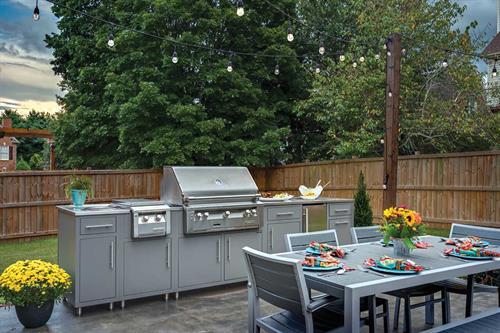 Custom Challenger Outdoor Kitchen with Alfresco Grill