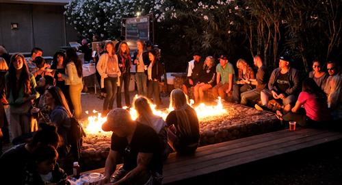 Gallery Image Fire_Pit_Party.jpg