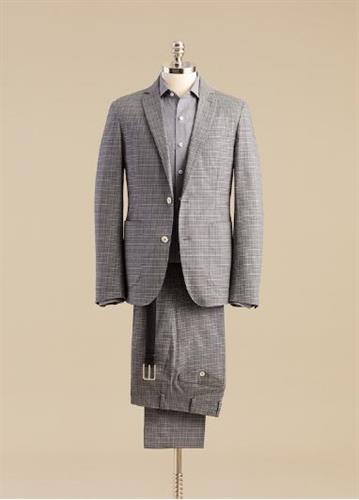 A great looking outfit in the gray tones