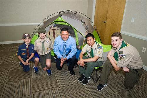 Eagle Scout Sam Dick with local Scouts