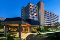 Gallery Image Crowne_Plaza_Englewood_-_Front_Entrance.jpg