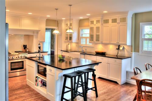 Clean and contemporary Kitchen remodel done by LaMantia