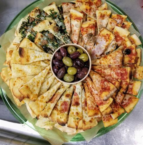 Pizza as a fancy appetizer platter... YES PLEASE!
