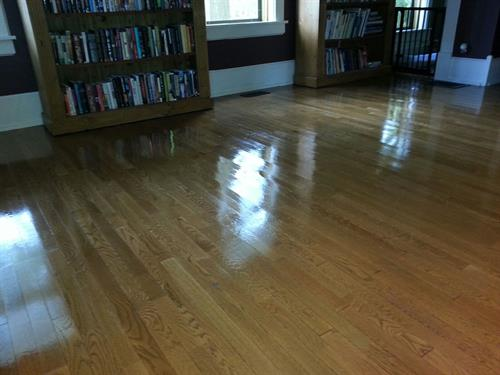 Hardwood floor cleaning & reconditioning