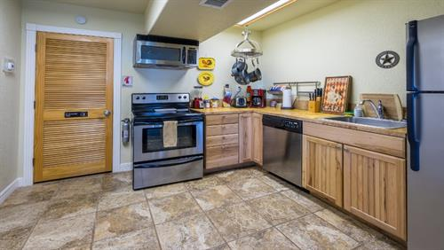 Fully Equipped Kitchen (Silverware, Pots & Pans, Blenders, Coffee) and more