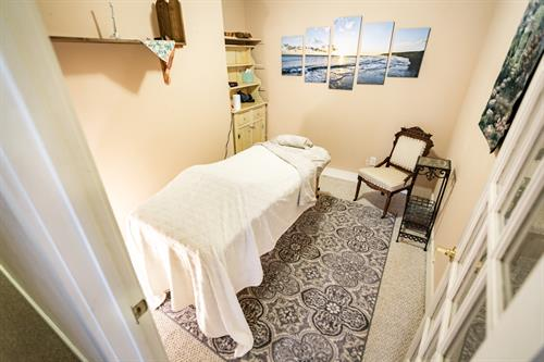 Equinox Inn offers massage services on site to guests and our neighbors!