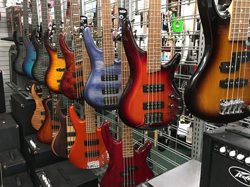 Bass Giutars