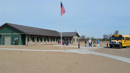Students arrive at the Oak Savanna Learning Center for a lesson.