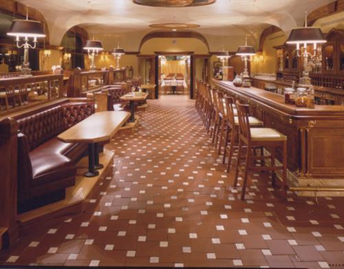Carlucci bar