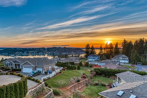 Sunset from listing in Cromwell.