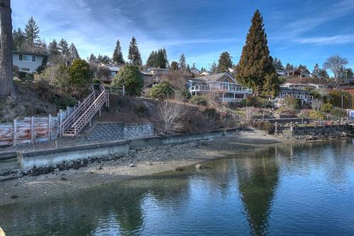 Wollochet Bay waterfront listing.