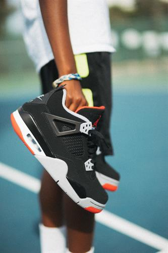Gallery Image Sneakers.jpg