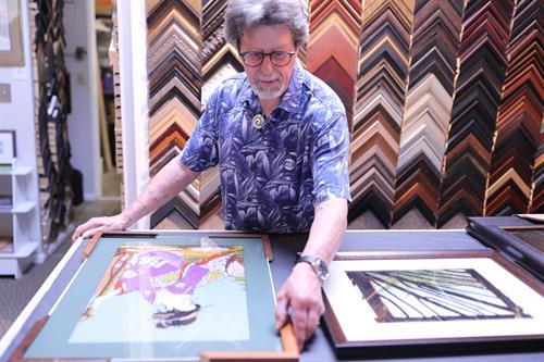 Owner selecting frame types for artwork