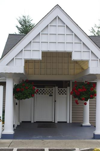 Gallery Image Front_entrance.jpg