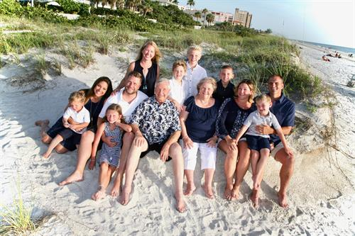 Extended family shoots at the beach-gorgeous!