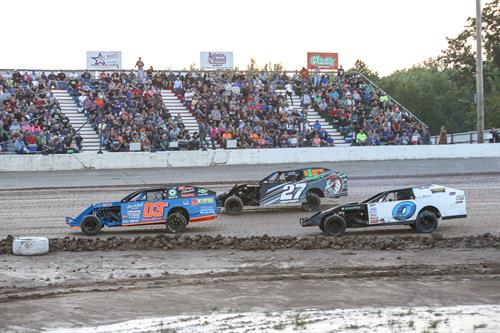 IMCA Modifies Racing