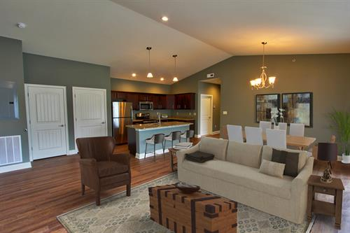 Gallery Image 14_The_Christopher_Dining_Room.jpg