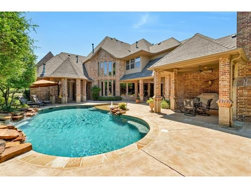 Colleyville Luxury Estate home SOLD for TOP DOLLAR / List Price $840,000