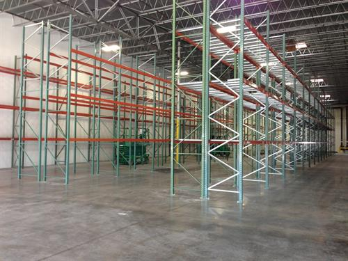 Racking installation in distribution facility in Grand Prairie, Texas