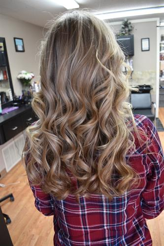 A partial ashy highlight to break up a natural blondie for some dimension. Ashy blonde can be hard to achieve while keeping the health of the hair if you don't do it correctly.