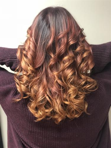 3 toned red headed ombre! On top (roots) we have a red violet, middle (mid strand) a red red & ends a red copper.