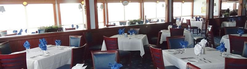 Captain's Table at Hyannis Yacht Club