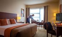 Gallery Image Bedroom_Business.jpg